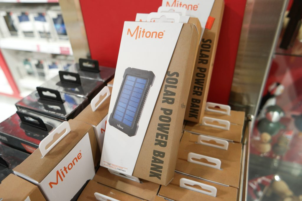 Mitone solar power bank