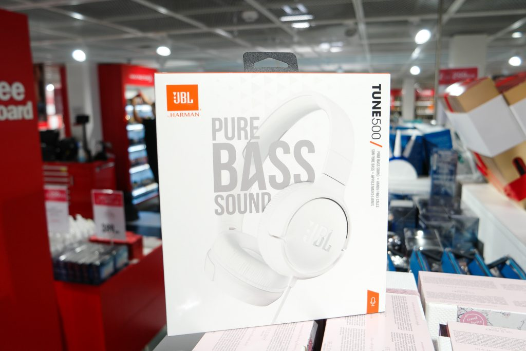 Pure Bass sound JBL